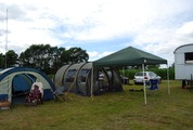 Zelt steht schon mal